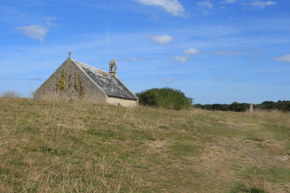 chapelle perdu dans les dunes